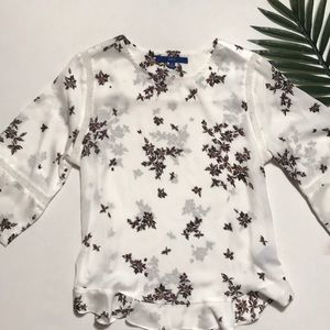 Floral Ruffle Bottom Blouse